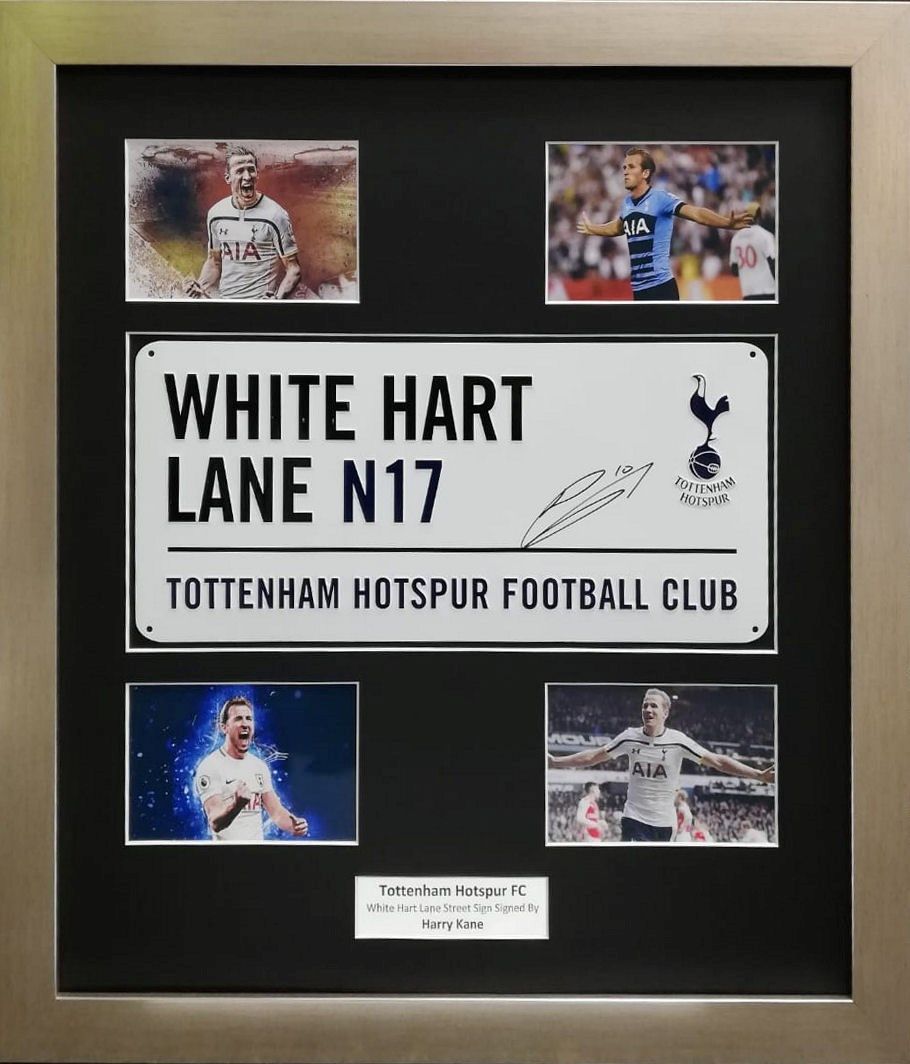 LOT 31 - HARRY KANE SIGNED WHITE HART LANE STREET SIGN